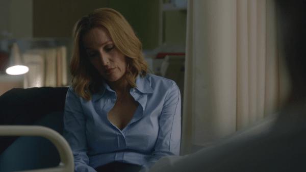 X-Files-Scullyatthehospital